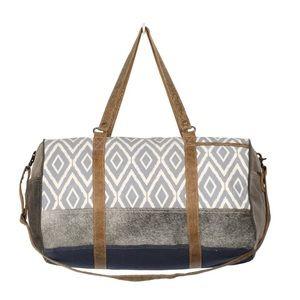 🆕Unisex Artists Impressions Traveller Bag